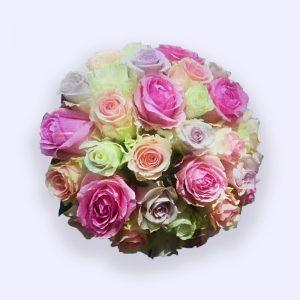 超过35枝玫瑰的婚礼手捧花