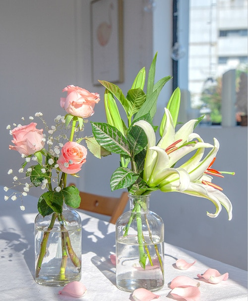 11 Stems Pink Rose with 1 Stem Pink Oriental Lily