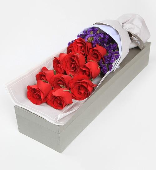 11 Stems Red Rose Wtih Dark Purple Statice