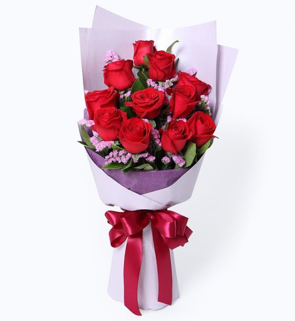11 Stems Red Rose with Some Light Purple Statice