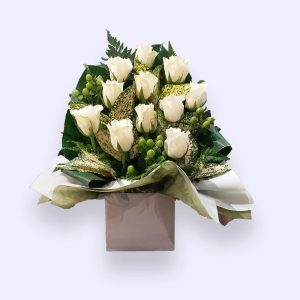 11 Stems White Rose
