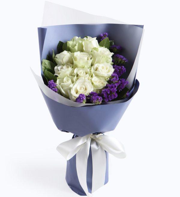 11 Stems White Rose with Dark Purple Statice