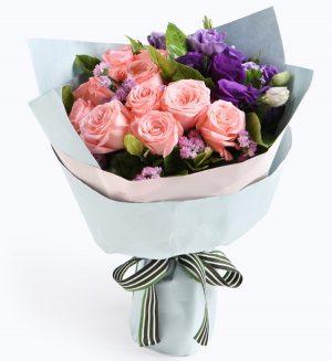 12枝粉红玫瑰5枝洋桔梗3枝粉色勿忘我配叶子/依靠