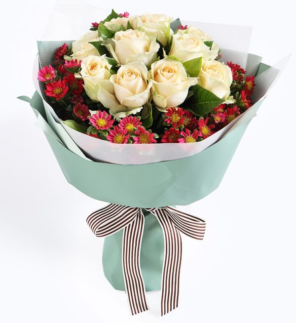 12 Stems Champagne Rose & 6 Stems Chrysanthemum with Leaves