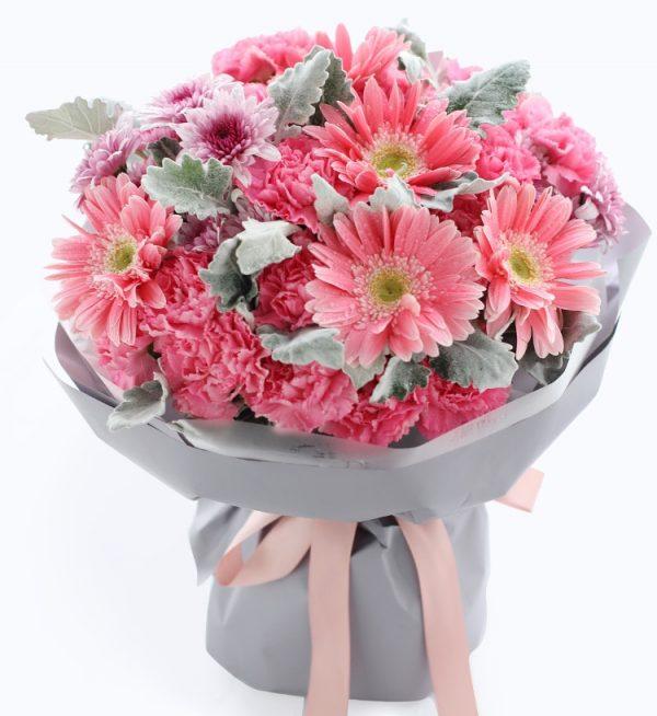 19枝粉色康乃馨5枝粉色扶郎3枝粉色菊花配叶子等/嫣然