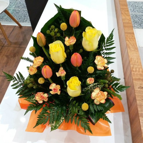 3 Stems Yellow Rose & 4stems Orange Tulip