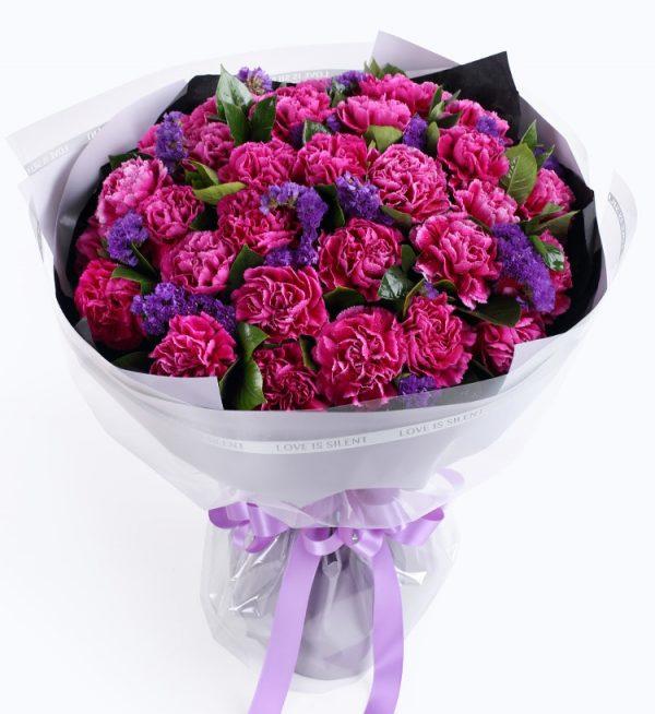 33枝紫红色康乃馨加深紫色勿忘我配叶子等/想念的日子