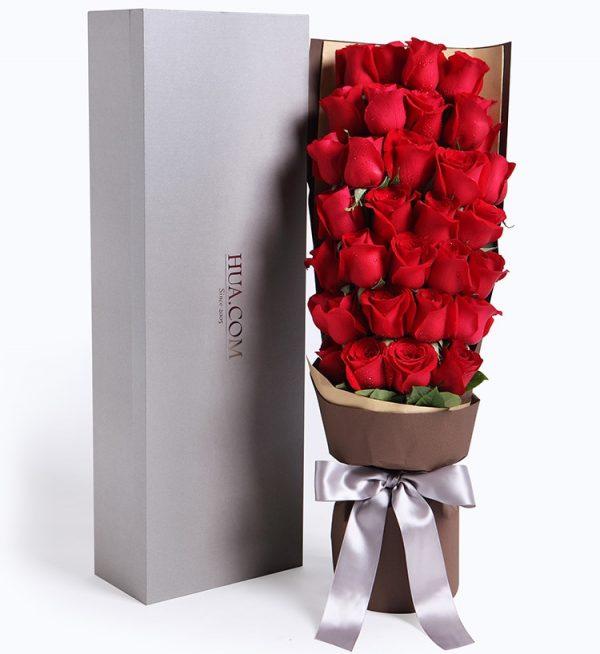 33枝红色玫瑰配叶子/秘密花园