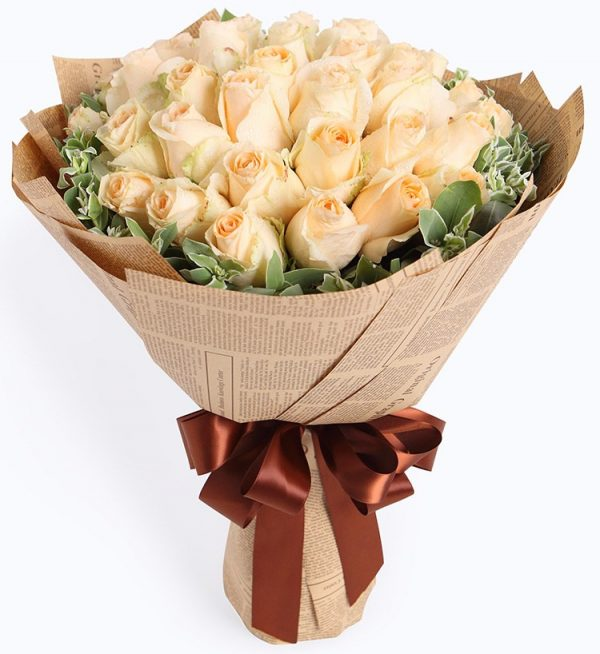 33 Stems Champagne Rose with Leaves