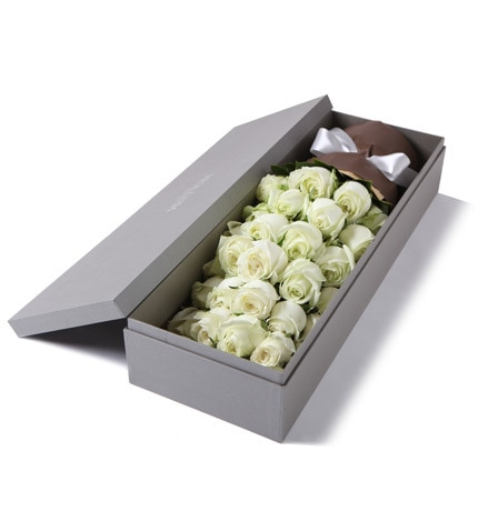 33 Stems White Rose with Leaves