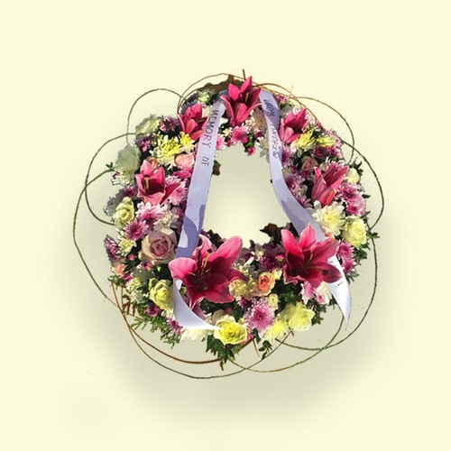 Pink & White Flower Wreath