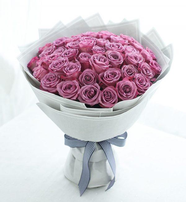 50枝紫色玫瑰/只对你有感觉