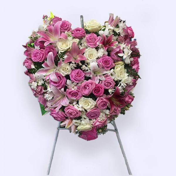60cm (Medium) Pink Flower Heart