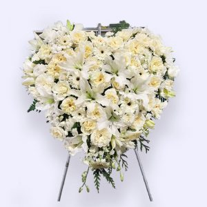60cm (Medium) White Flower Heart