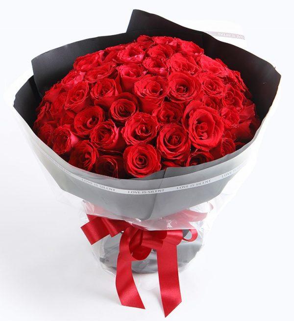 66枝红玫瑰/深情眷念