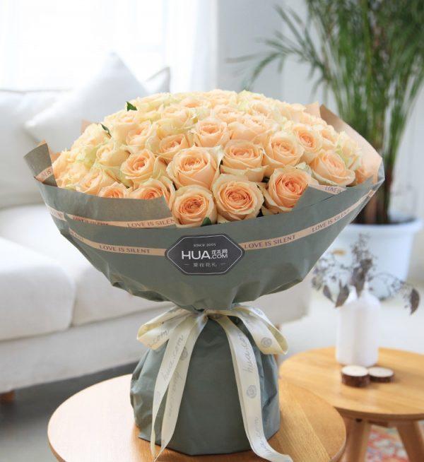 66枝香槟玫瑰/天天天晴