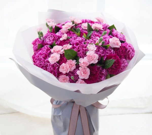 66 Stems Purple Carnation & 15 Stems Pink Spray Carnation with Leaves