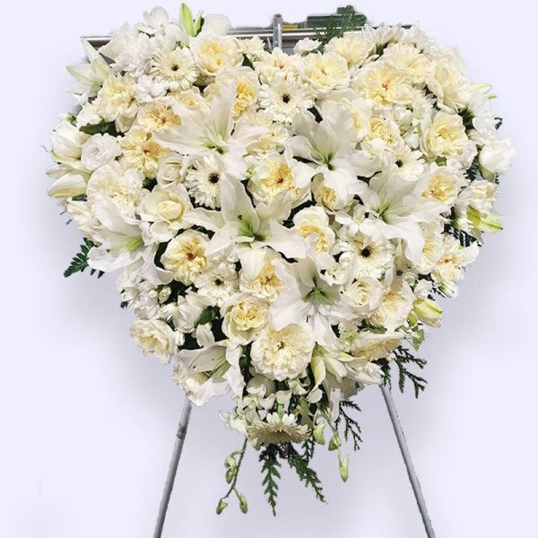 80cm (Large) White Flower Heart
